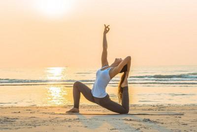 Vinyasa Yoga là gì? Nguồn gốc và lợi ích của Vinyasa Yoga