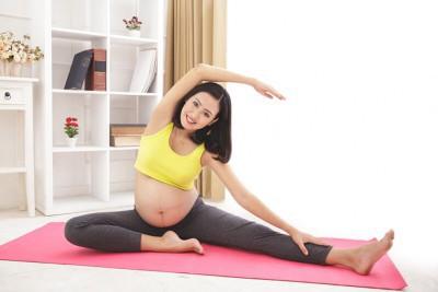 8 bài tập yoga cho bà bầu giúp mẹ và bé cùng khỏe